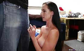 Texas Patti: Hand model audition